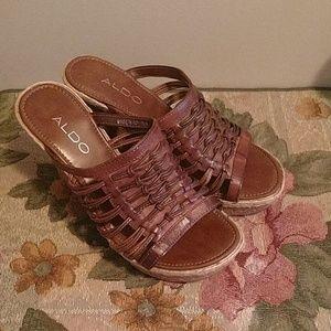 Aldo leather wedge sandals 6